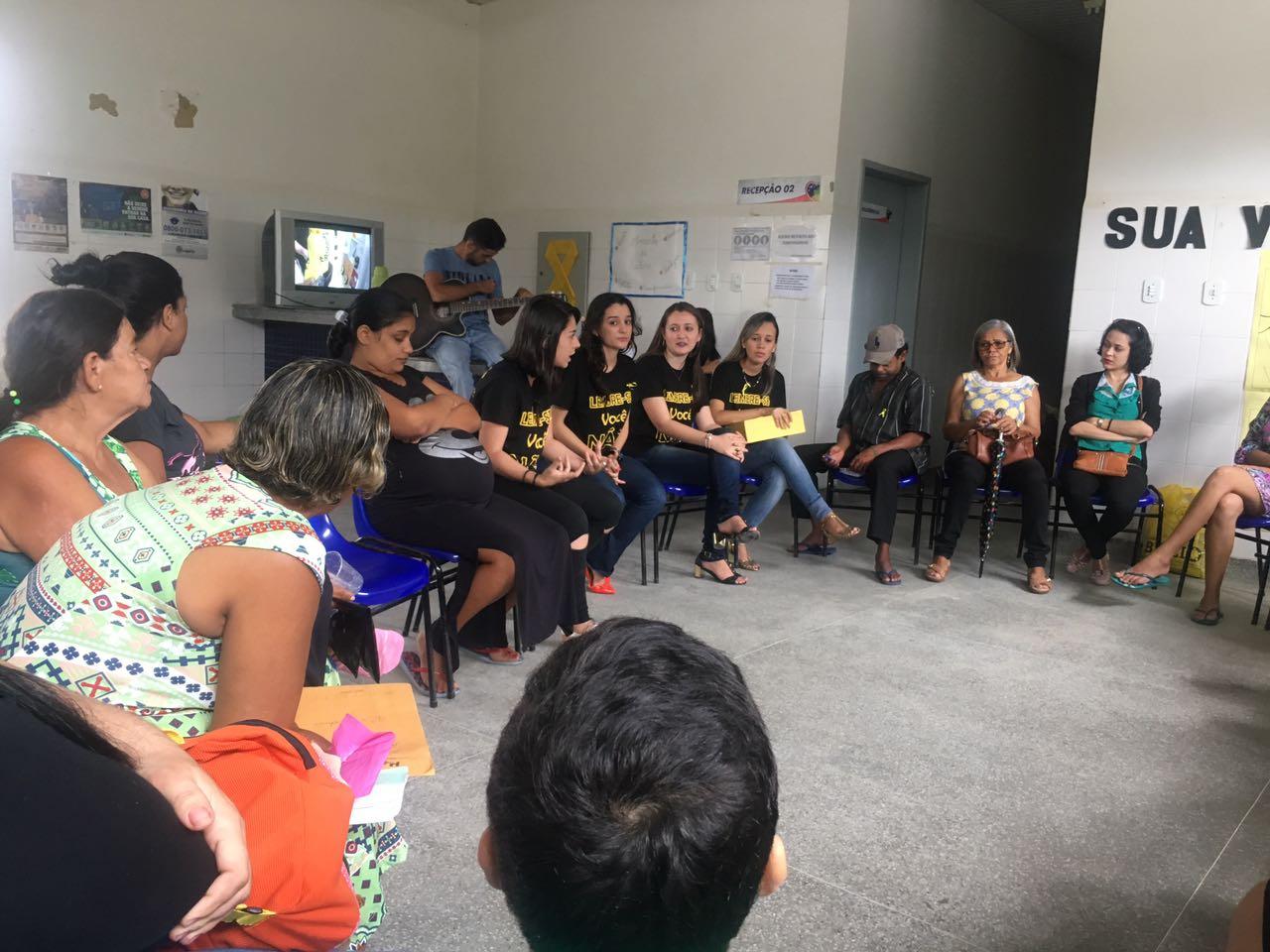 Alunos do programa Residência Multiprofissional em Saúde da Família, na UBS José Antônio Maroto, em Lagarto(Foto: colaboração professora Giselle de Carvalho Brito)